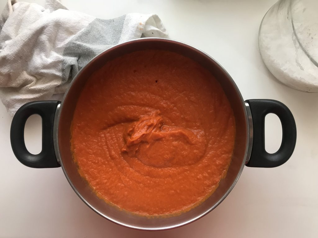 Salsa de tomate ya batida