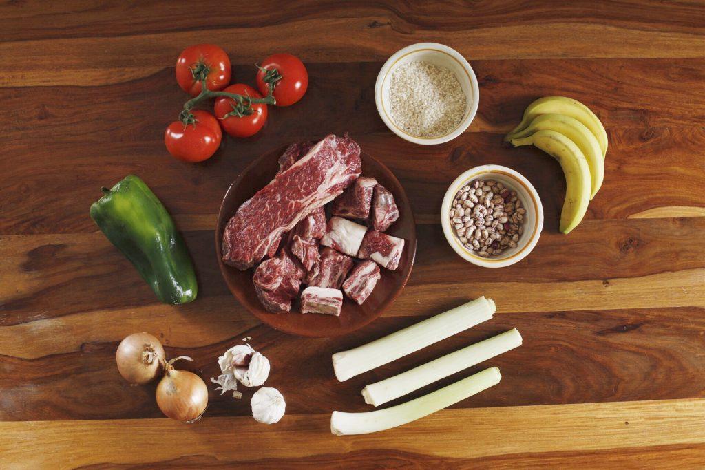 Ingredientes del pabellón criollo.
