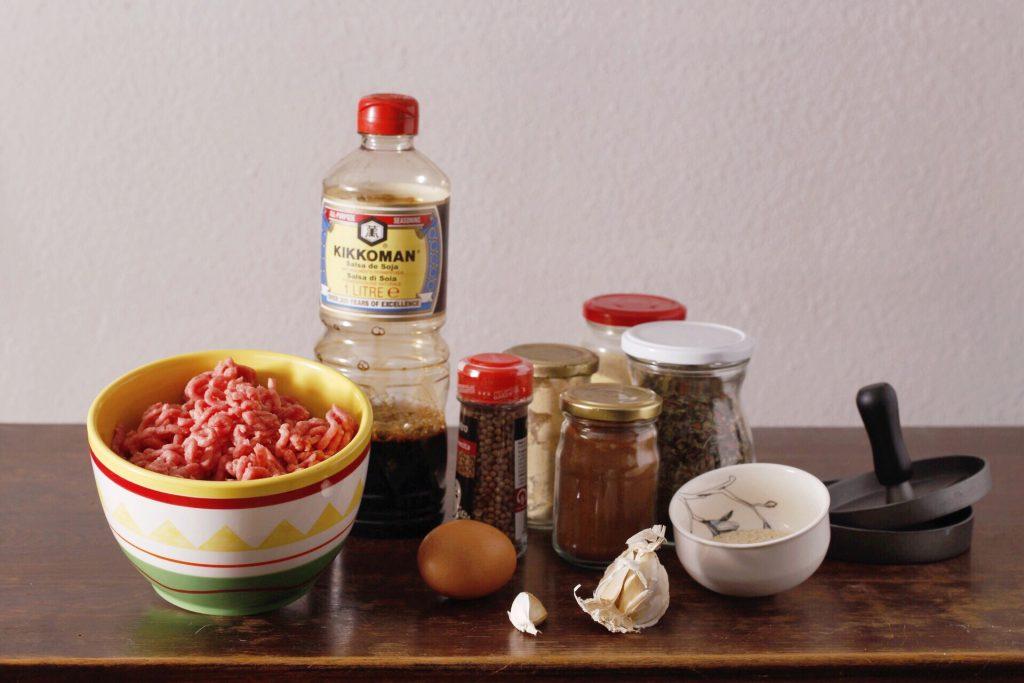 Ingredientes para hamburguesa casera.