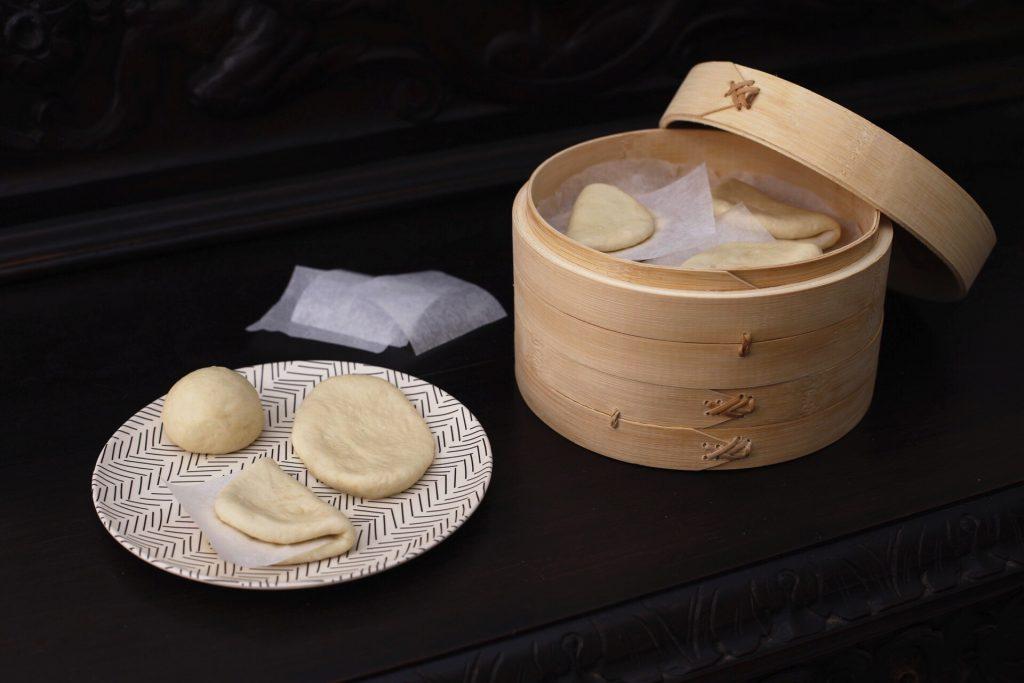 Preparativos del pan bao