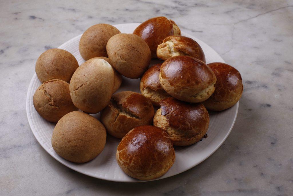 brioches horneados y reposados, listos para el desayuno!