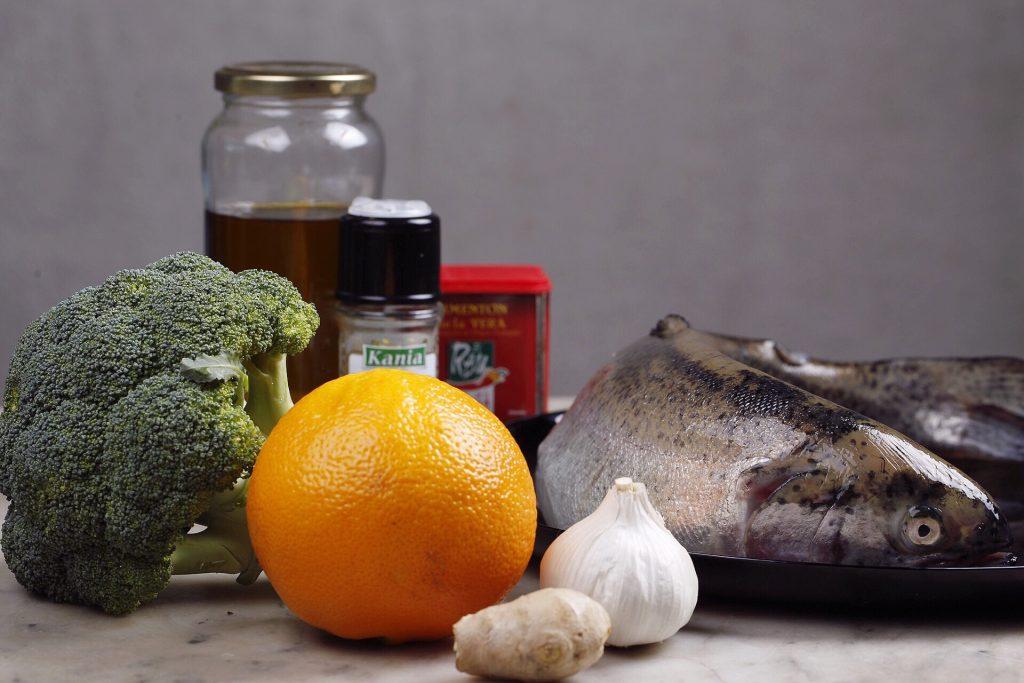 Ingredientes trucha asalmonada y cuscús de brócoli